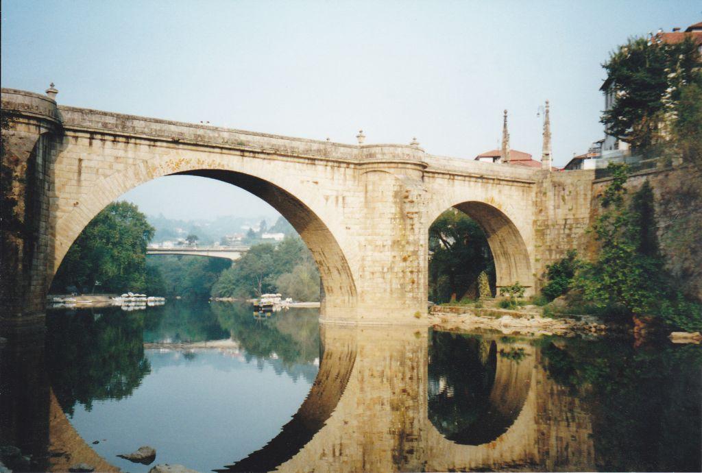 am Fluss ist Amarante am schönsten, die Stadt liegt allerdings nicht am Douro, hier fließt der Tamega